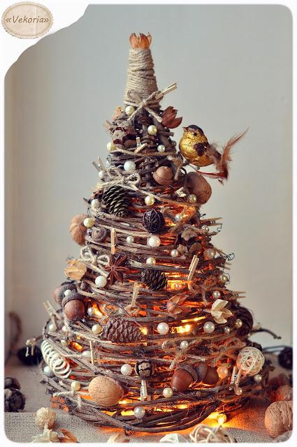Prútený vianočný stromček
