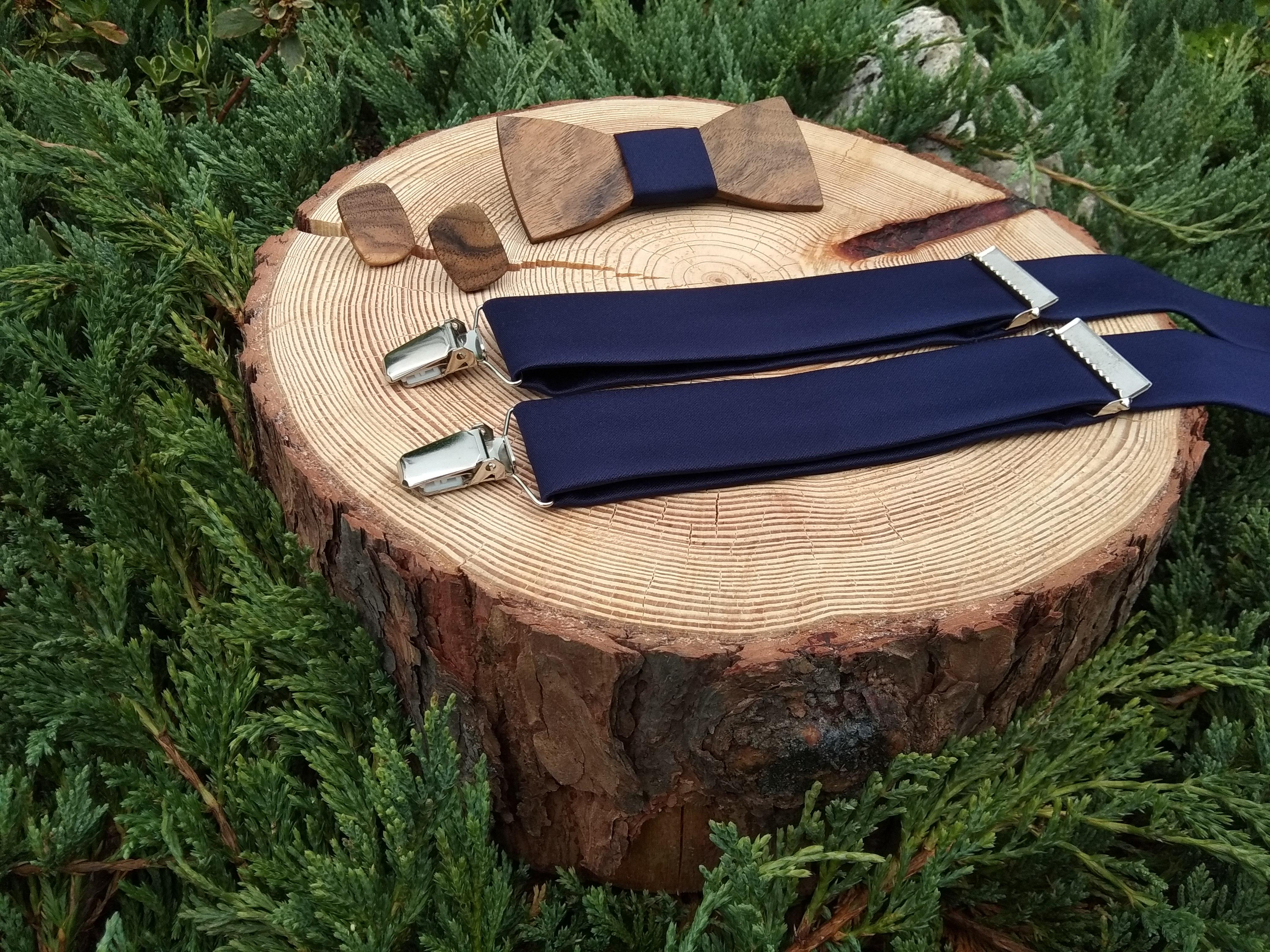 e7c14e5be Pánsky drevený motýlik, manžetové gombíky a traky -
